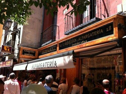 Comercio centenario Alpargatería Casa Hernanz MADRID