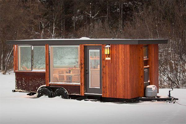 どう過ごす 完全プライベートなトレーラーハウス とても小さな家