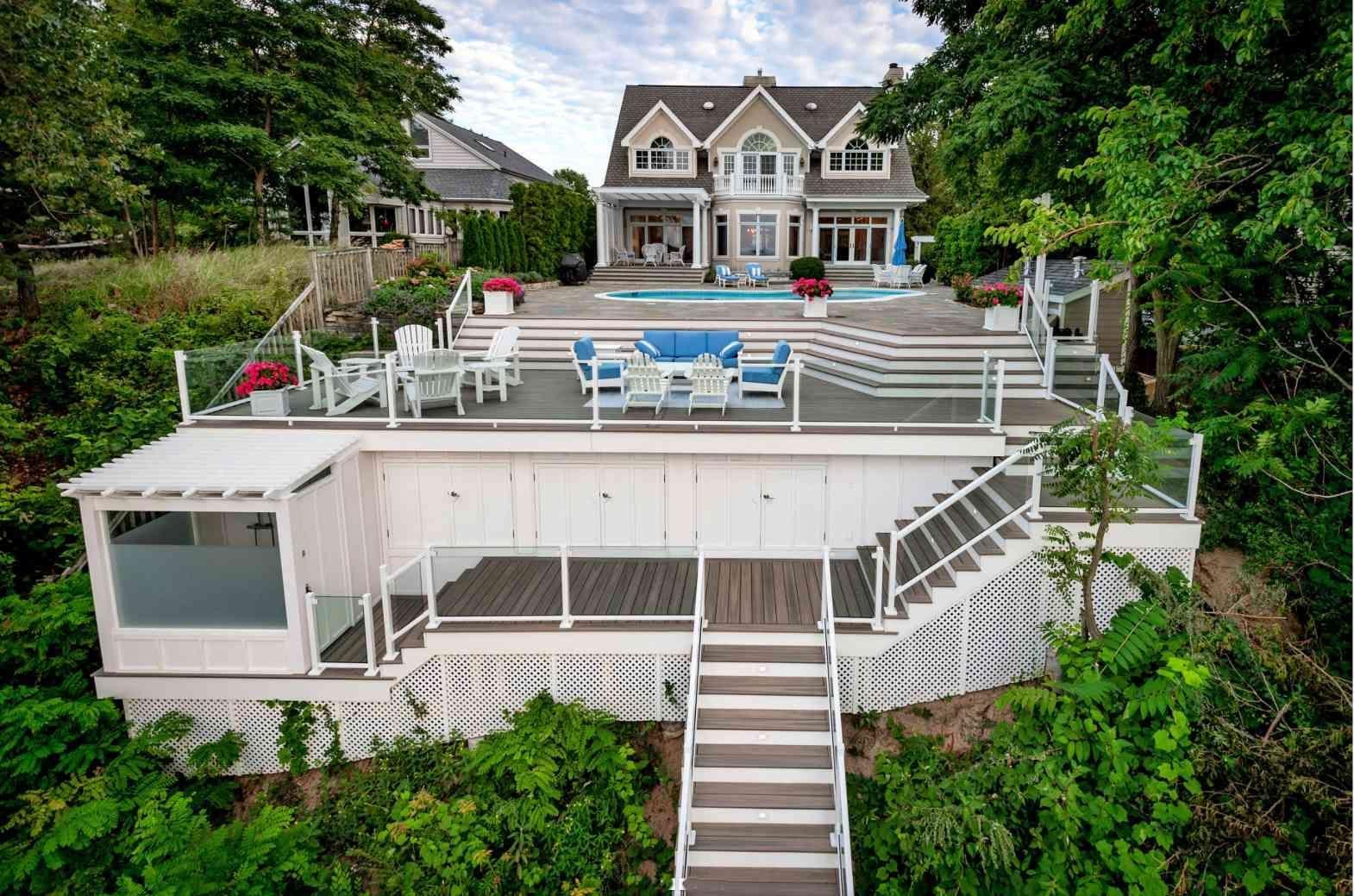 15 Beautiful Beach Homes In 2020 Lake Beach House Modern Beach House Beach House