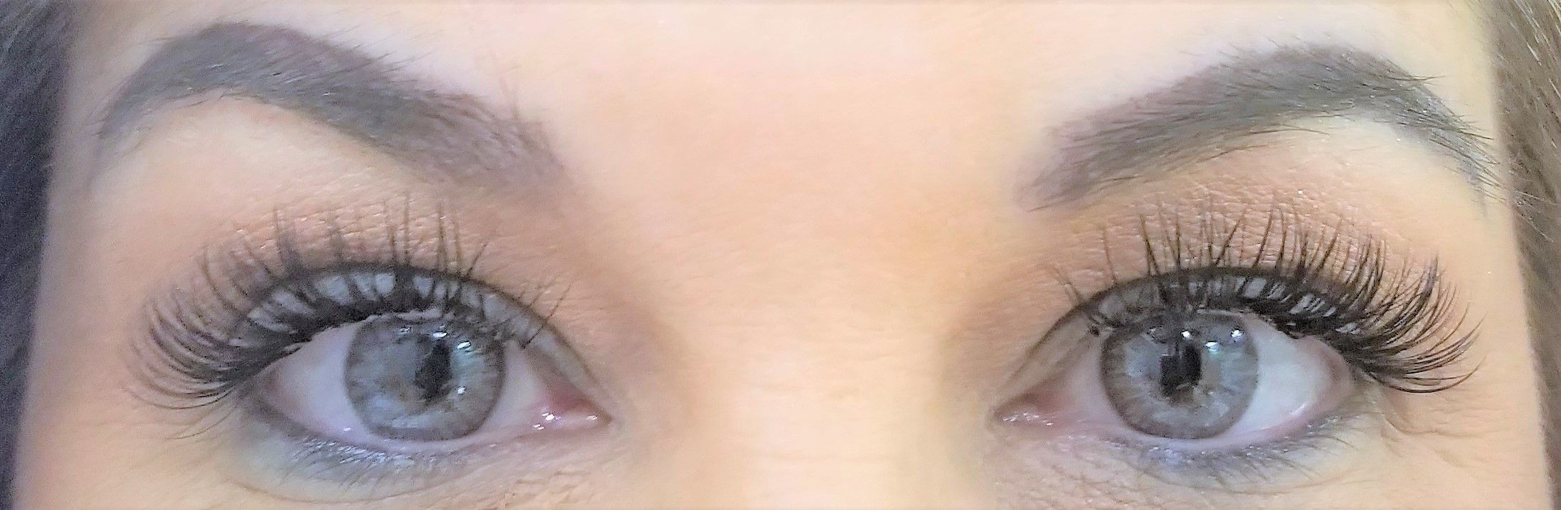 Trendy Lash Styles provides eyelash extensions and