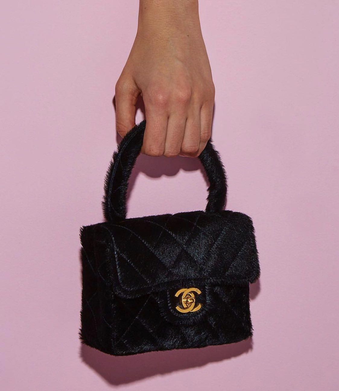 Photo of 90s chanel black box purse #90spurses #designerhandbagInvestment