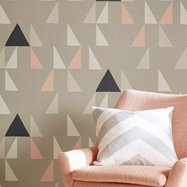 12a66ff0c Papel de Parede Geométrico com fundo cinza e triângulos em tons de cinza