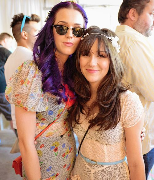 Pin By Lex Briscuso On Threads Shannon Woodward Katy Perry She