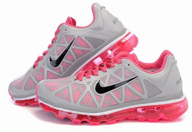 3 These With Images Cute Running Shoes Sneakers Nike Shoes