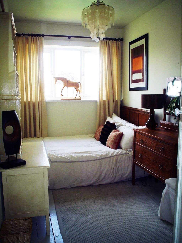 36 Space Saving Tiny Apartment Bedroom Ideas Bedroom Layouts Small Bedroom Arrangement Simple Bedroom Design