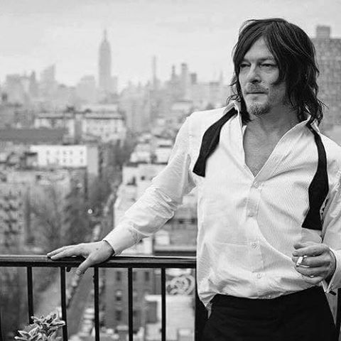 Holy hell @bigbaldhead are you trying to kill us? Fan girl down😍💋❤️