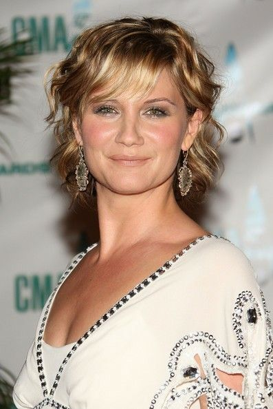 Short Wavy Hair Jennifer Nettles Jennifer Nettles Hair Short Wavy Hair Jennifer Nettles
