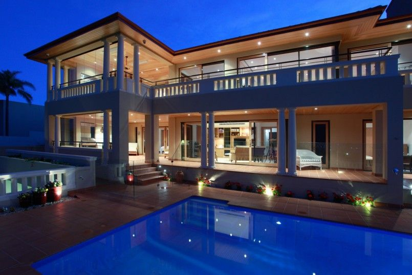 Architectures Big House With Elegant Glory And Sweet Architecture House Mediterranean Style House With Balcony And With Swimming Pool In Casas Containers Casas