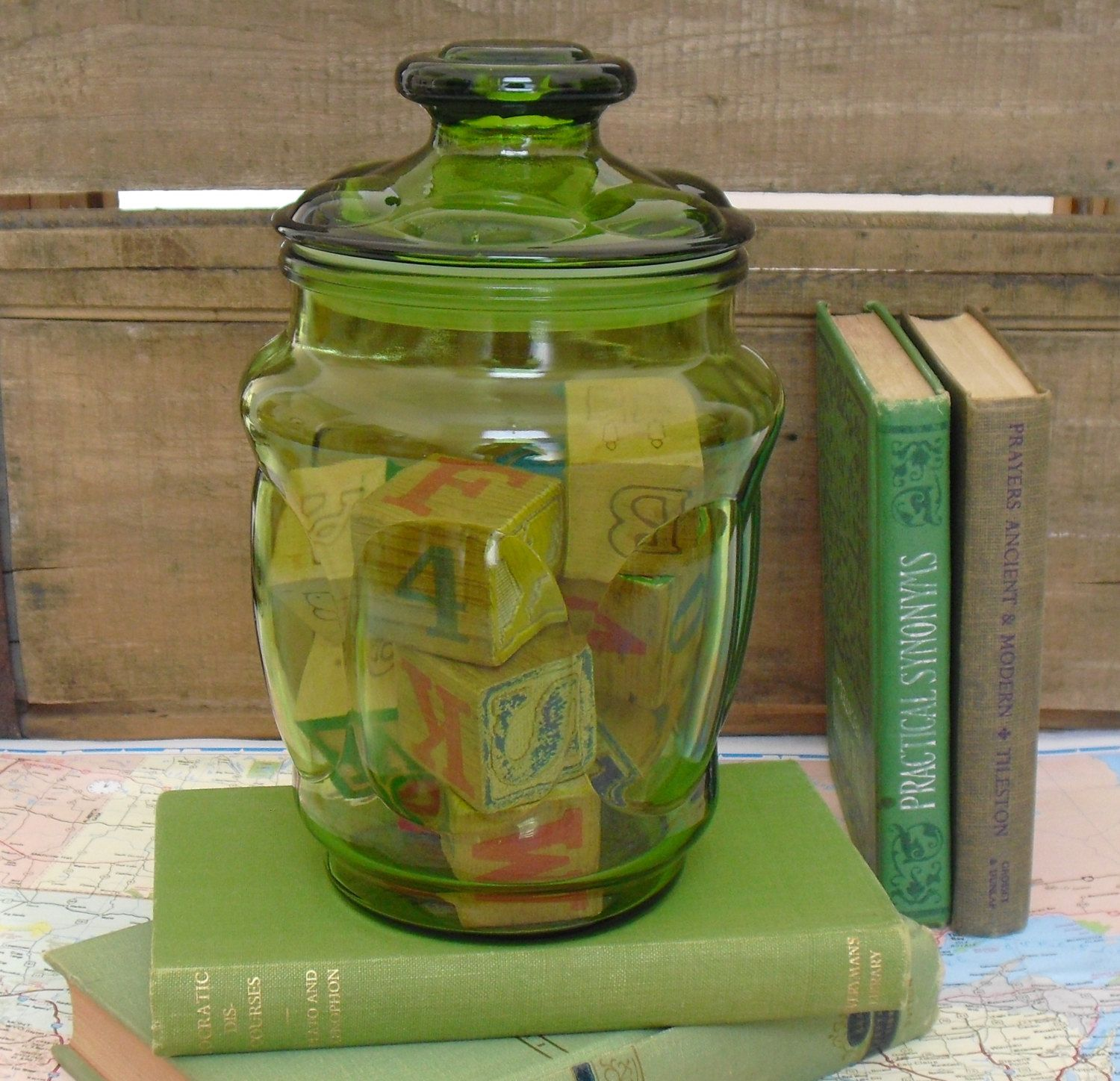 Vintage L E Smith Green Glass Canister, Matching Lid, Apothecary Jar, Candy  Storage, Kitchen Canister, Display Storage, Bathroom Storage