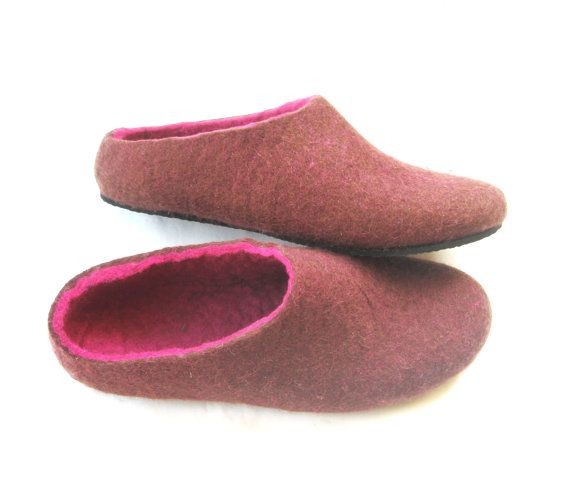 Felt slippers rubber sole Woman home shoes Eggplant Violet comfortable shoes felt 100% wool