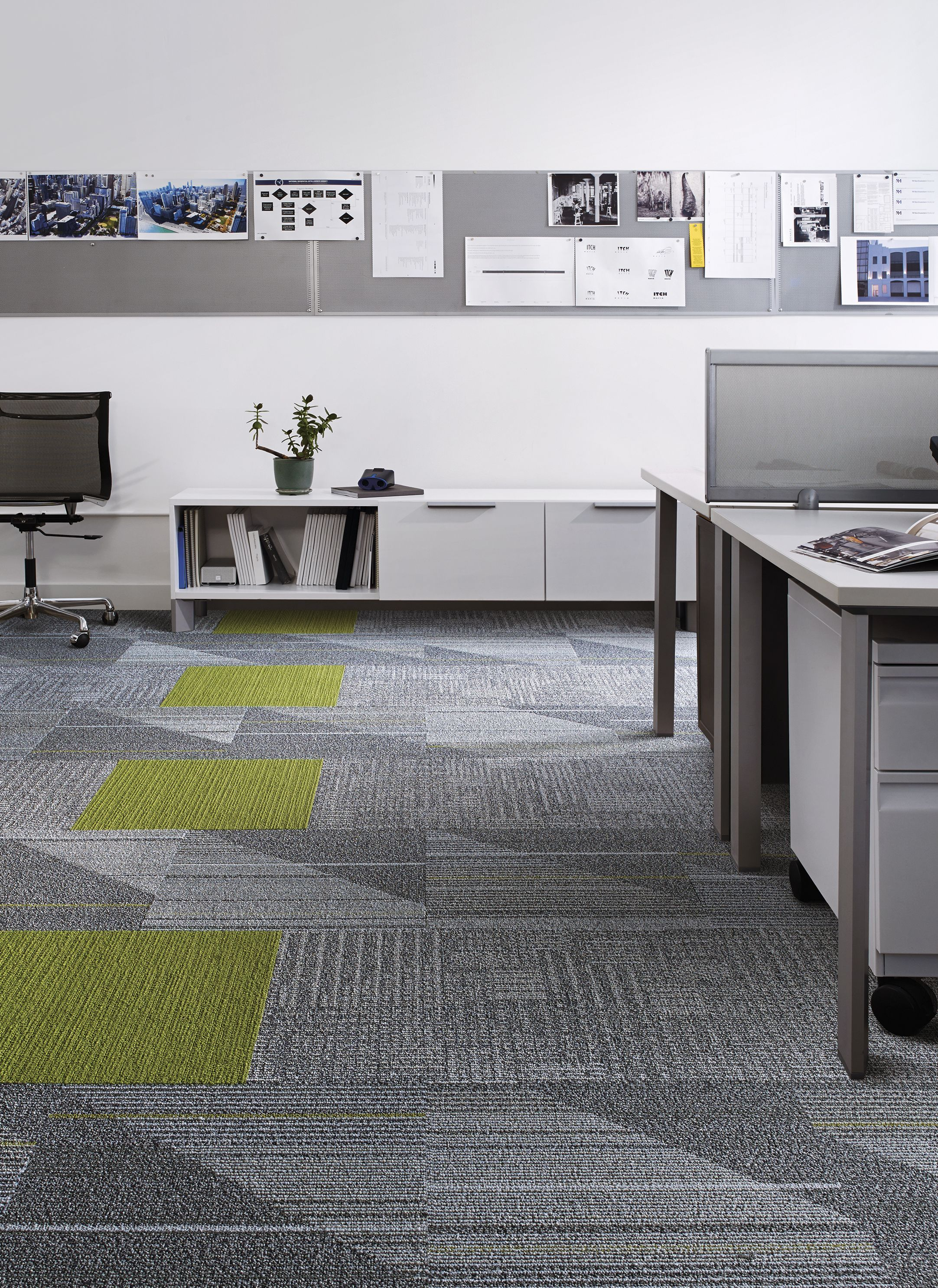 Interface modular carpet tile detours pewter ct101 pewter interface modular carpet tile detours pewter ct101 pewter viva colores verde primavera in open public office the green accents in the floor helps baanklon Image collections