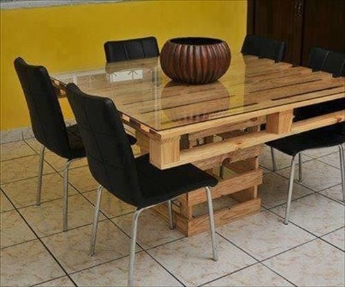 Making Dining Table With Wood Pallet