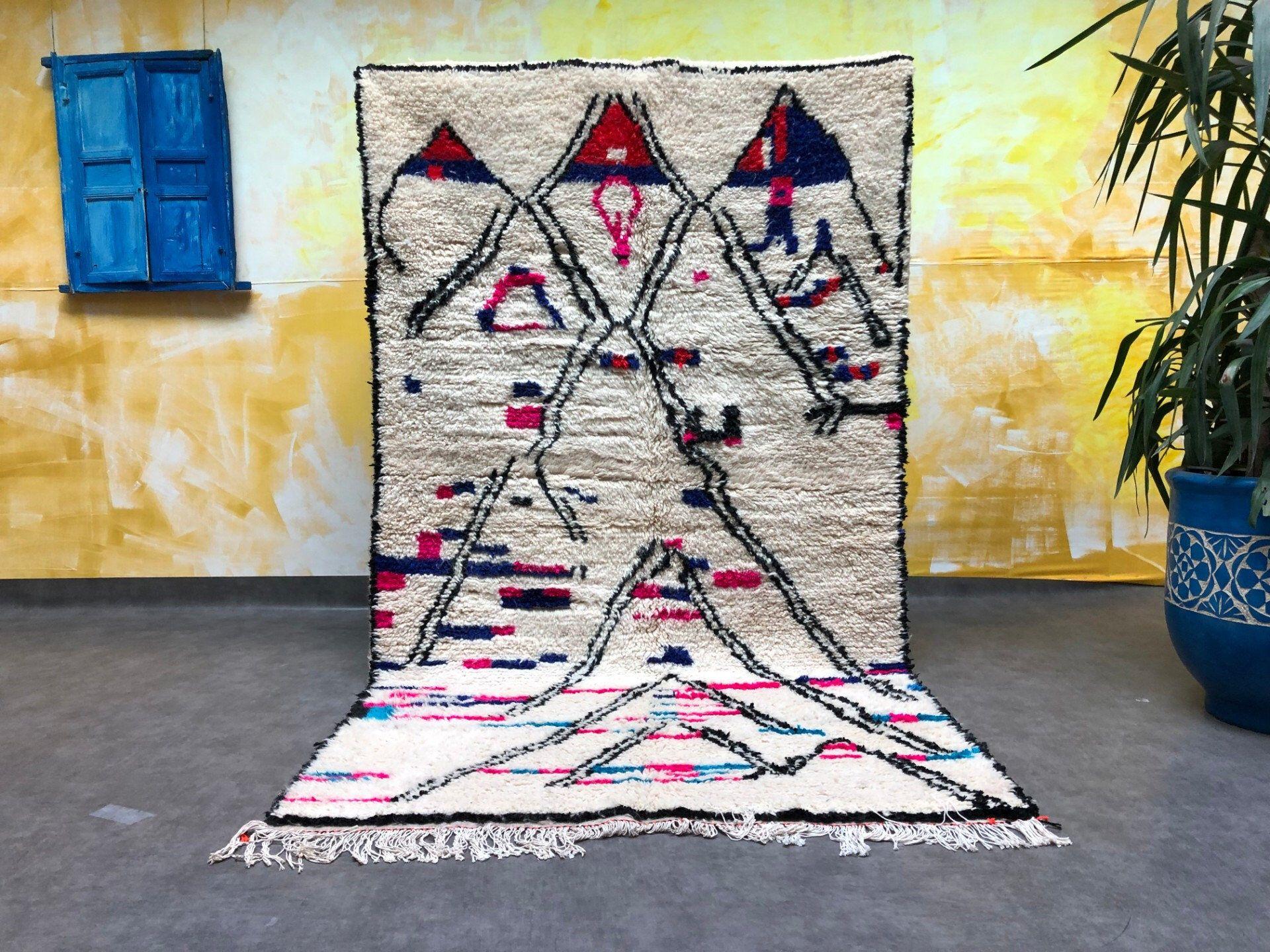 Amazing Azilal Moroccan Rug 4x8 100 Wool Berber Carpet Etsy Berber Carpet Moroccan Rug Azilal