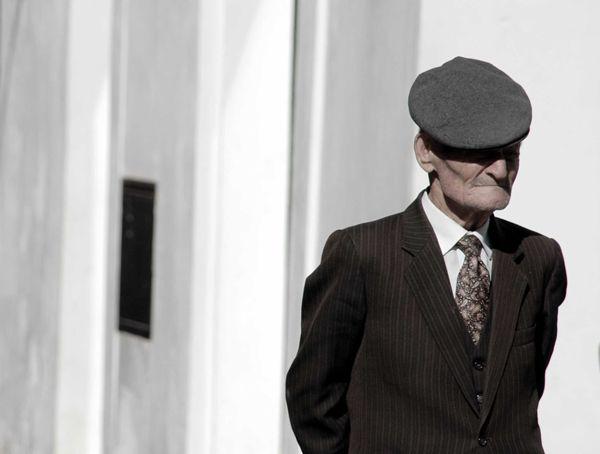 Man in suit - Monte Sant 'Angelo - Gargano Promontory [2484]