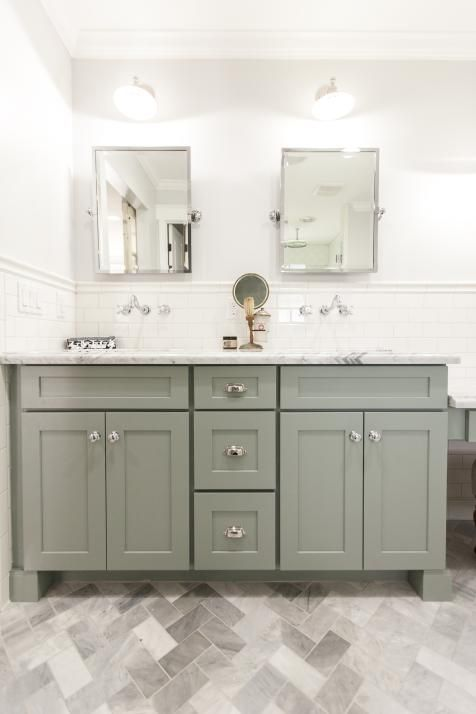 Rafterhouse Bathroom Makeover | HGTV