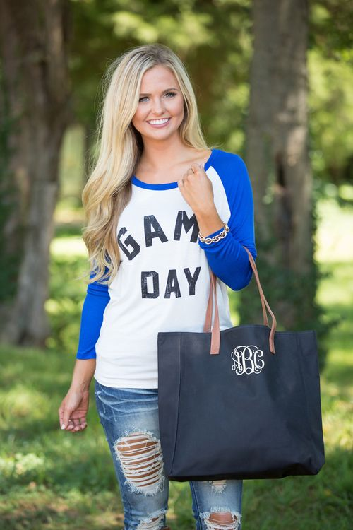 76c3f7af62b677 This gorgeous addition to our Monogrammed Gameday Collection is perfect for  holding all of your essentials while you re cheering for your team!