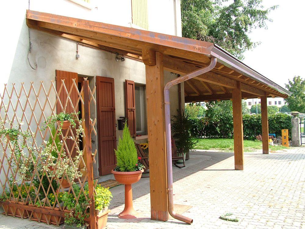 Porticato con colonne ad una falda linea classica - Tettoia giardino ...