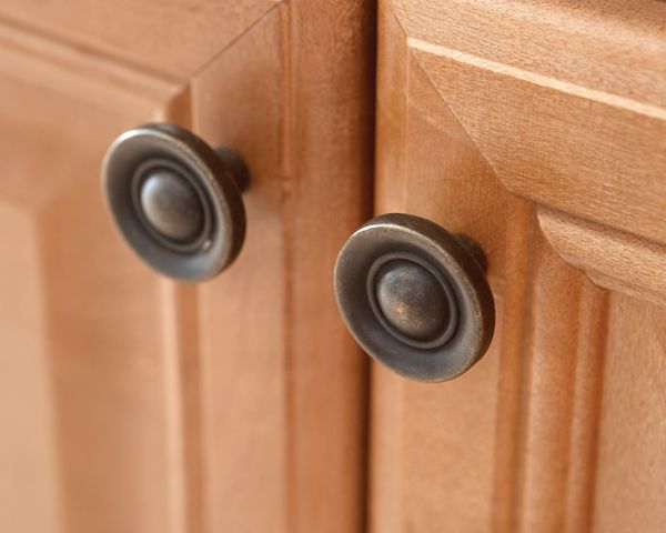 replacing cabinet hardware is the easiest and most inexpensive way rh pinterest com