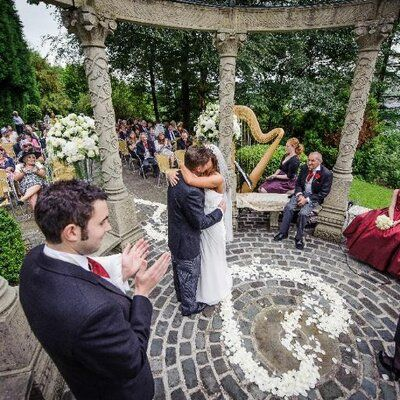 Select The Perfect Wedding Venues Manchester To Create Unique Photos
