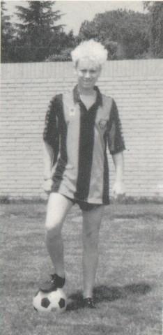 http://mlgheaven.tripod.com/history/football1.jpg
