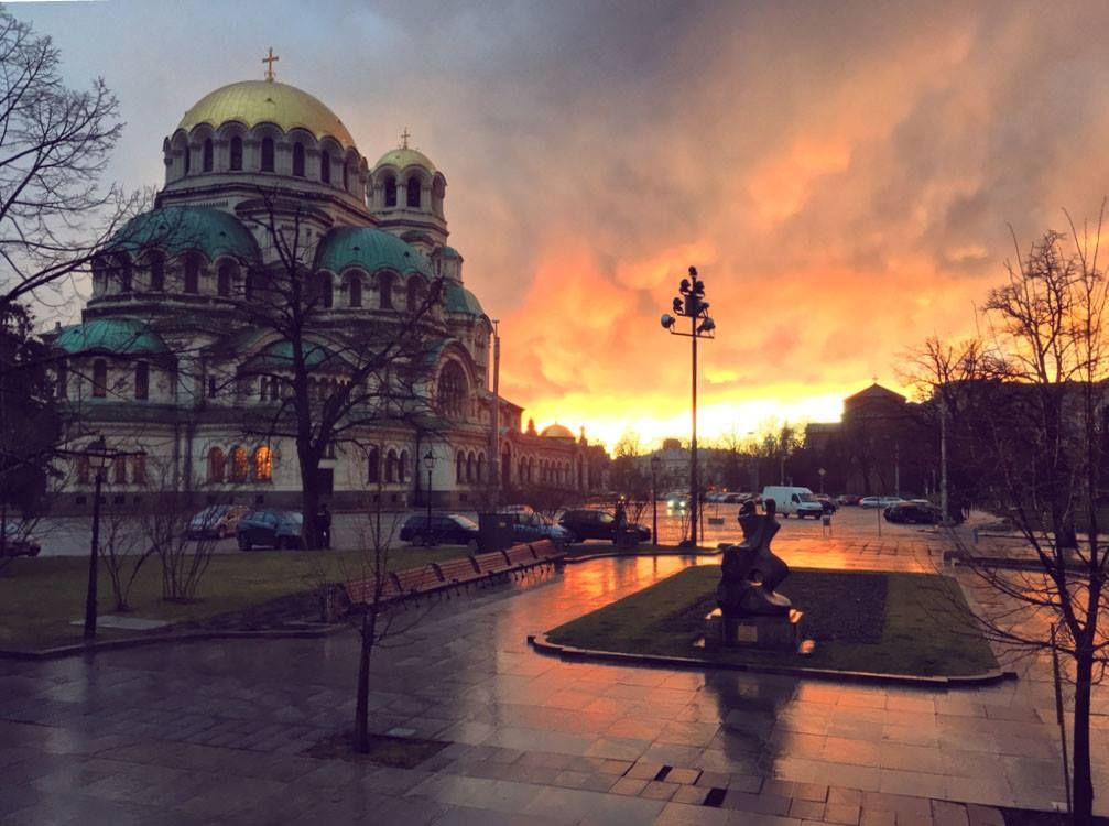 Enjoy a winter sunset over the stunning Alexander Nevski Cathedral. There's plenty to explore in Sofia around Christmas time. #parkinn