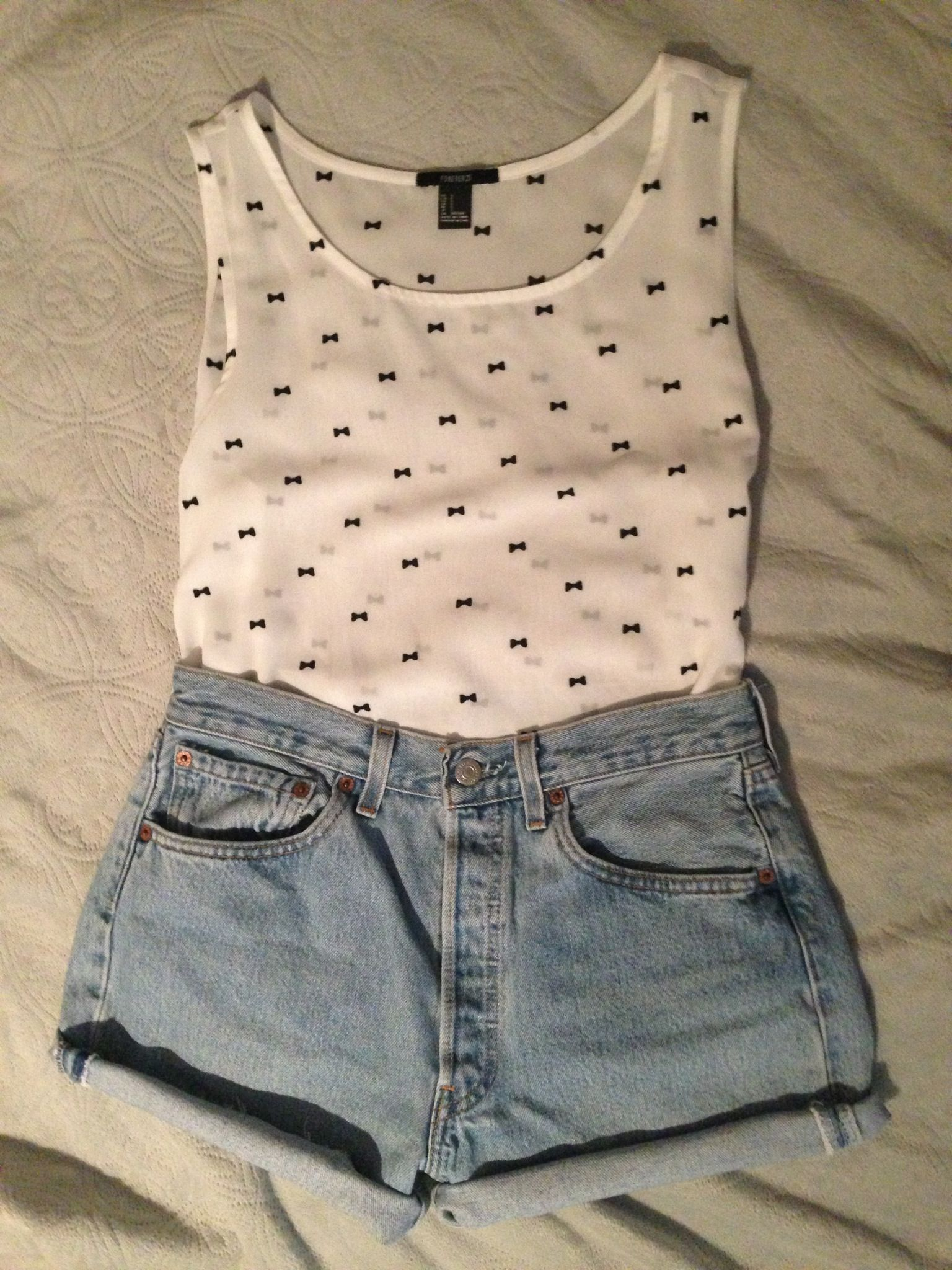 Summer outfit. High waisted shorts & sheer top | Clothes/Fashion ...