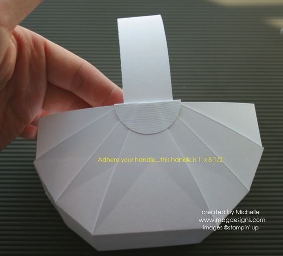 Panier en papier avec gabarit autour du papier du carton pinterest tutoriels basketball - Gabarit boite en papier ...