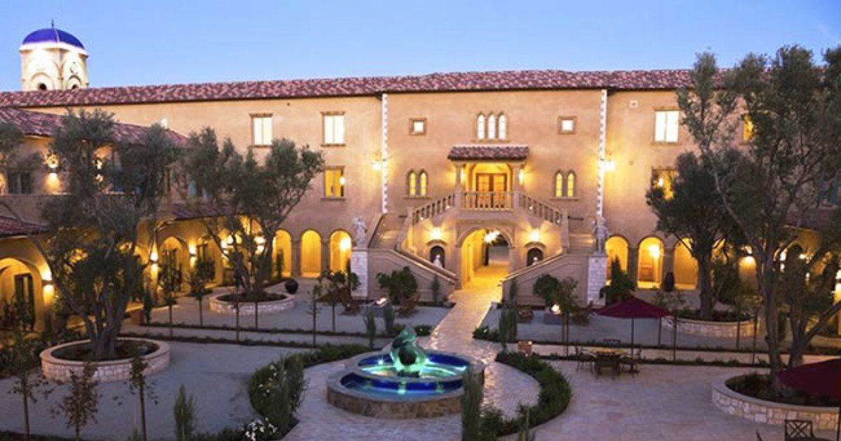 23 Top Destination Wedding Venues in the U.S. Top