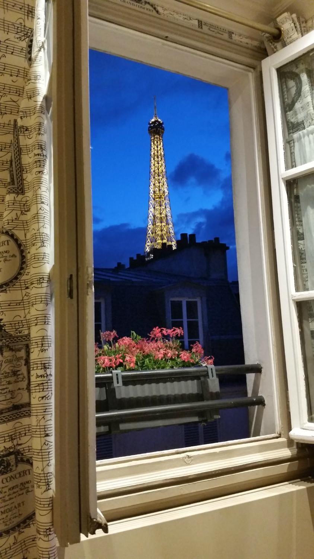 Rick Steves Paris Tour Hotel Review Of De Londres Eiffel France