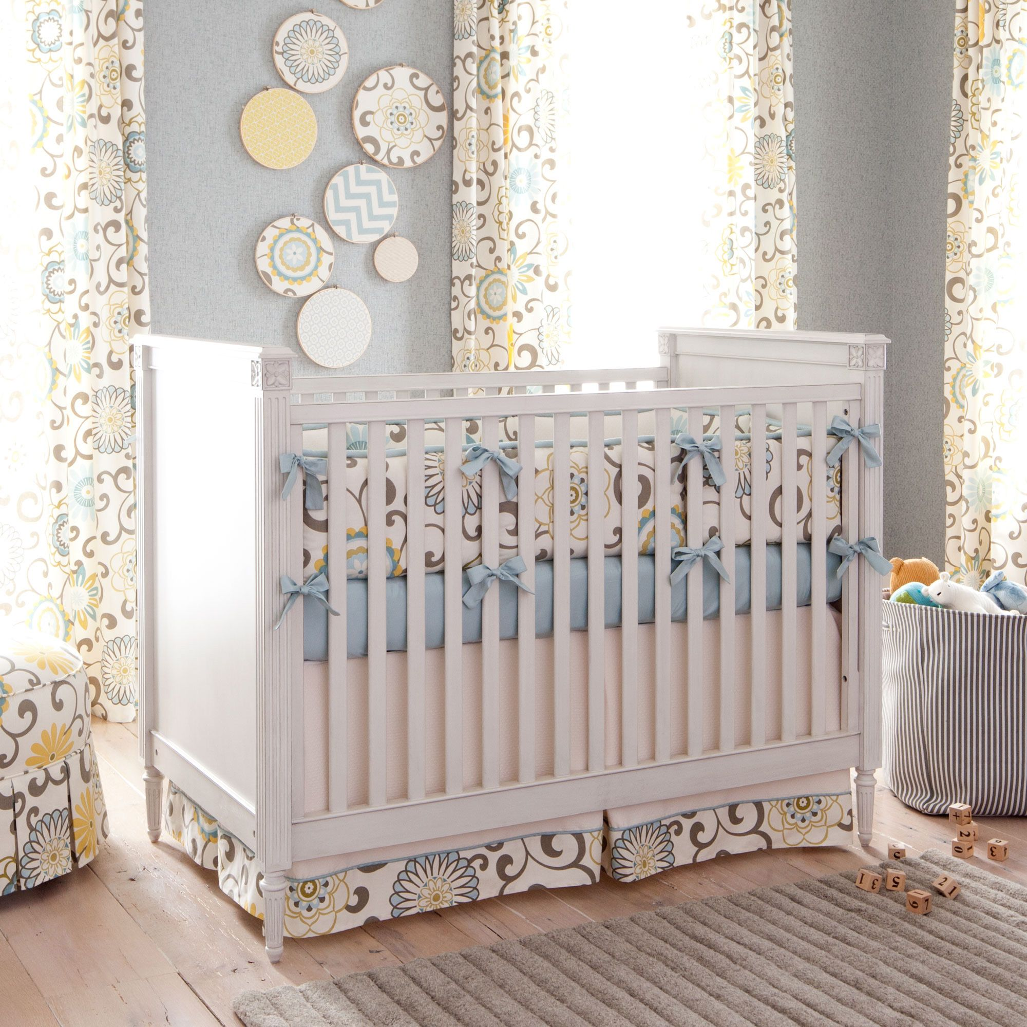 Spa Pom Pon Play Baby Crib Bedding