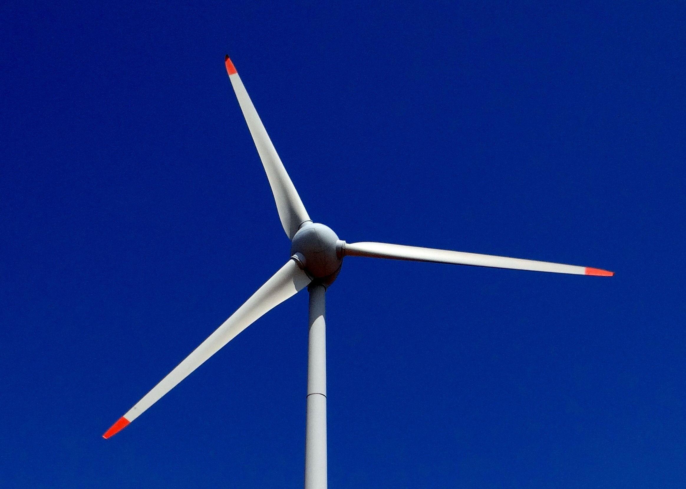 wind-turbine-nargund-hill-wind-power-59959.jpeg (2328×1658)