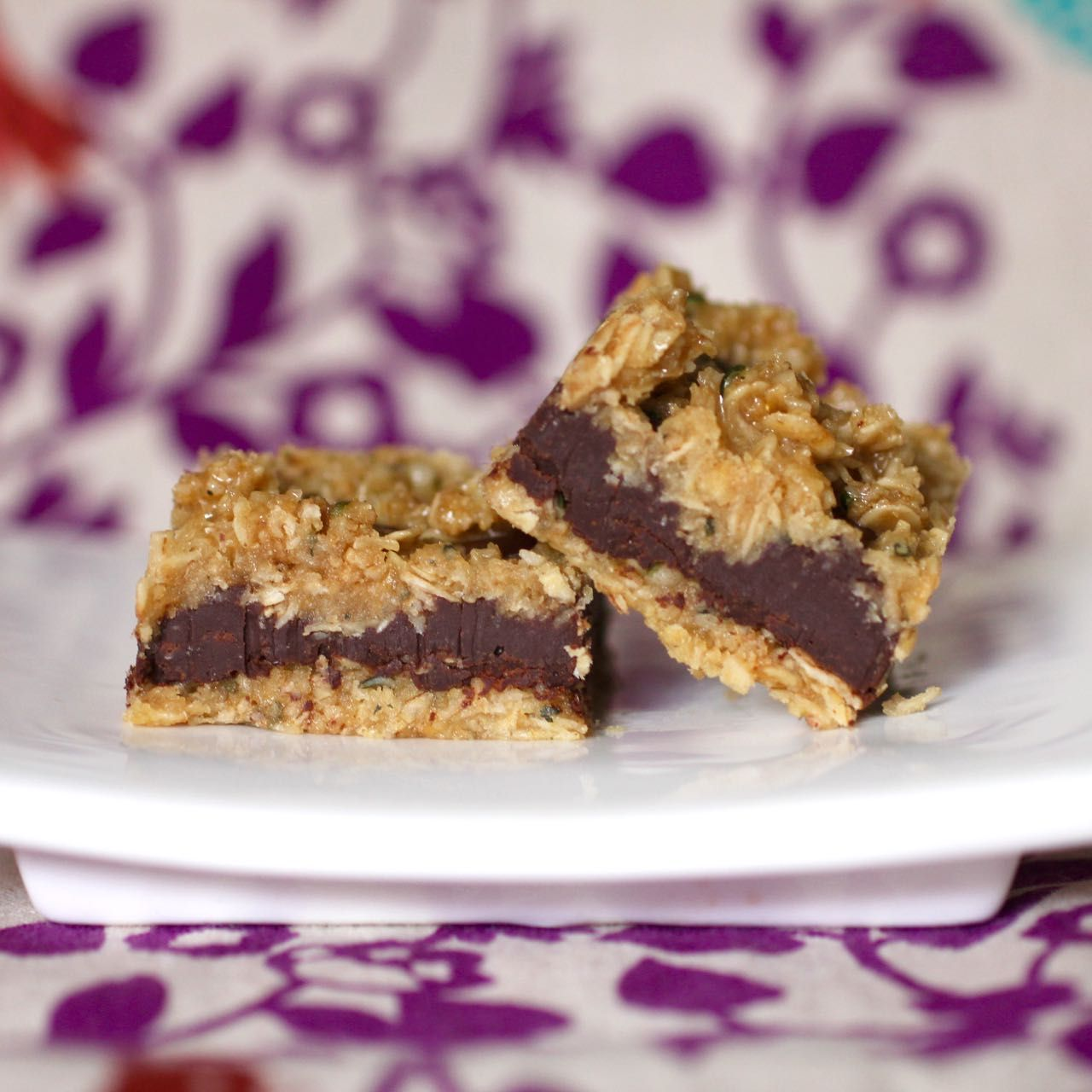 Green Gourmet Giraffe: No bake chocolate oat slice