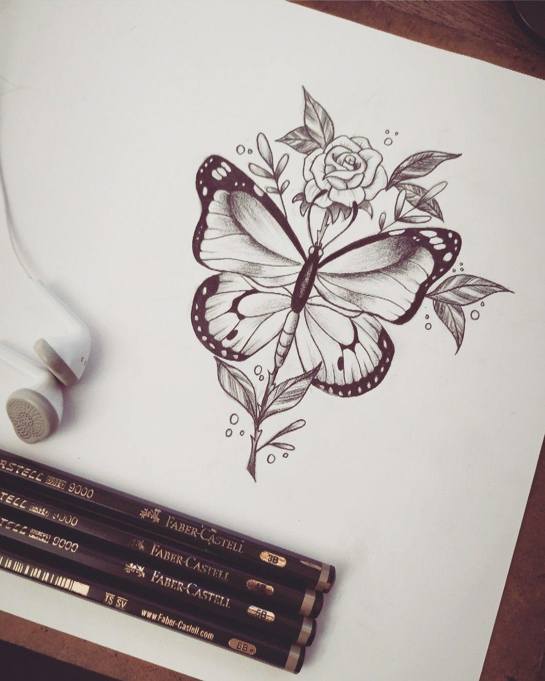 Borboleta e rosa delicada para tatuagem