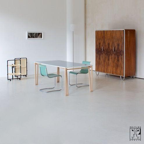 Bauhaus kleiderschrank  3-türiger Bauhaus Kleiderschrank - Robert Slezak. | Office Möbel ...