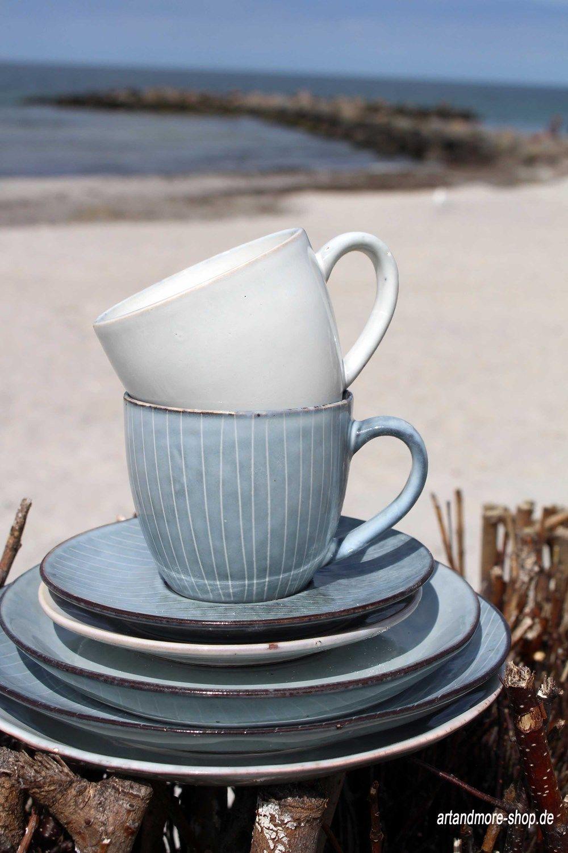 broste copenhagen kaffeetasse mit unterteller aus steingut nordic s geschirr aus steingut. Black Bedroom Furniture Sets. Home Design Ideas