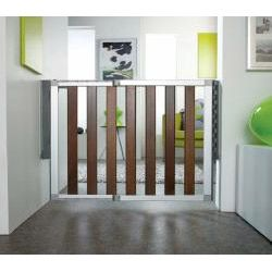 Munchkin Numi Dark Wood Child Safety Gate For The Home Pinterest