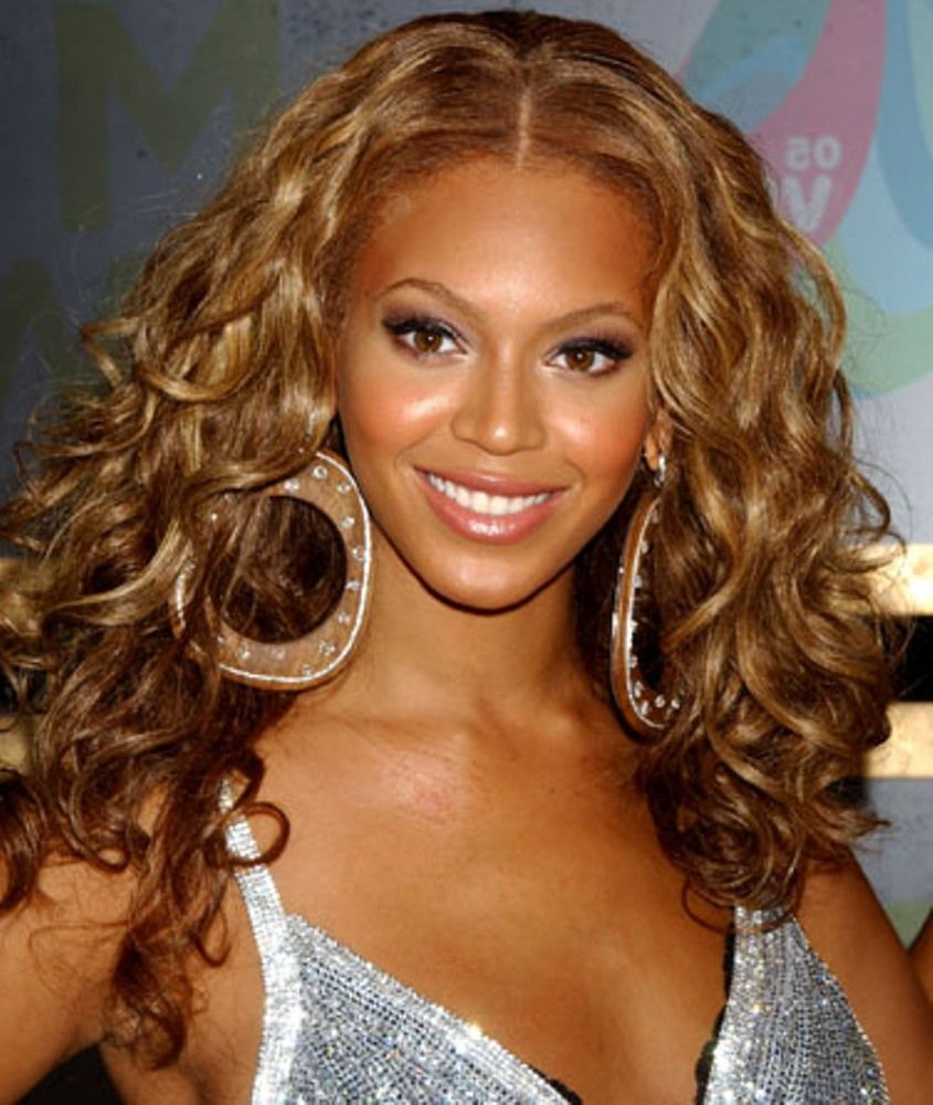 Wavy Curls Prom Hairstyles for Black Girls | Haircutstyles ...