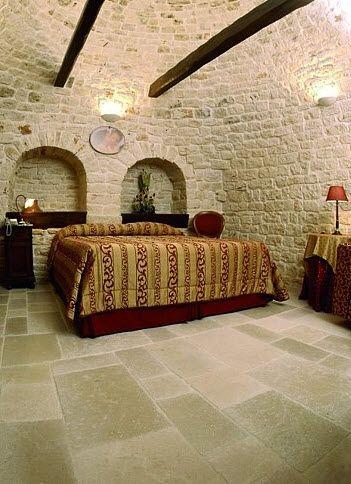 Pietra leccese pavimenti per esterni in puglia interni for Pietre da pavimento esterno