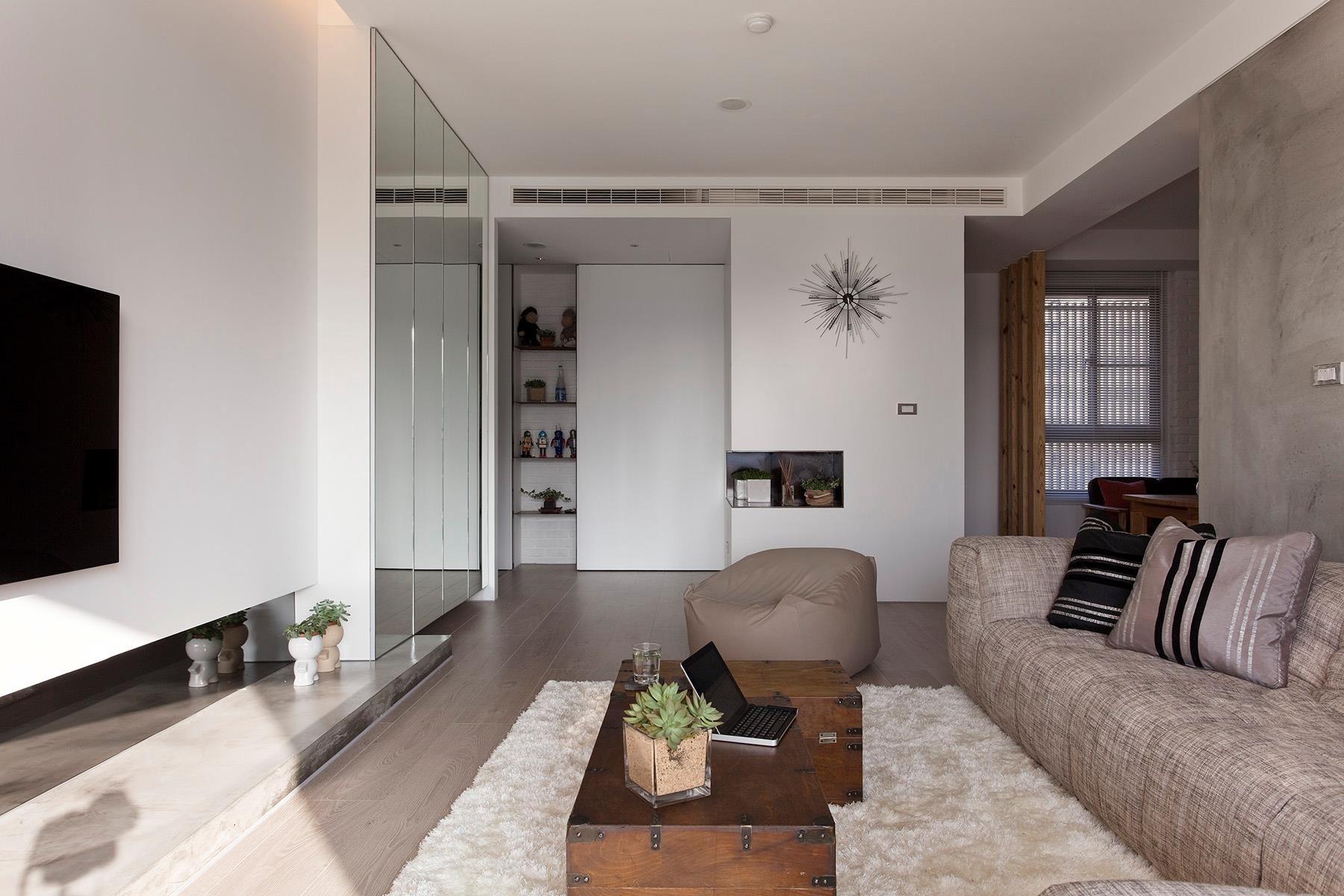 Neutral lounge decor