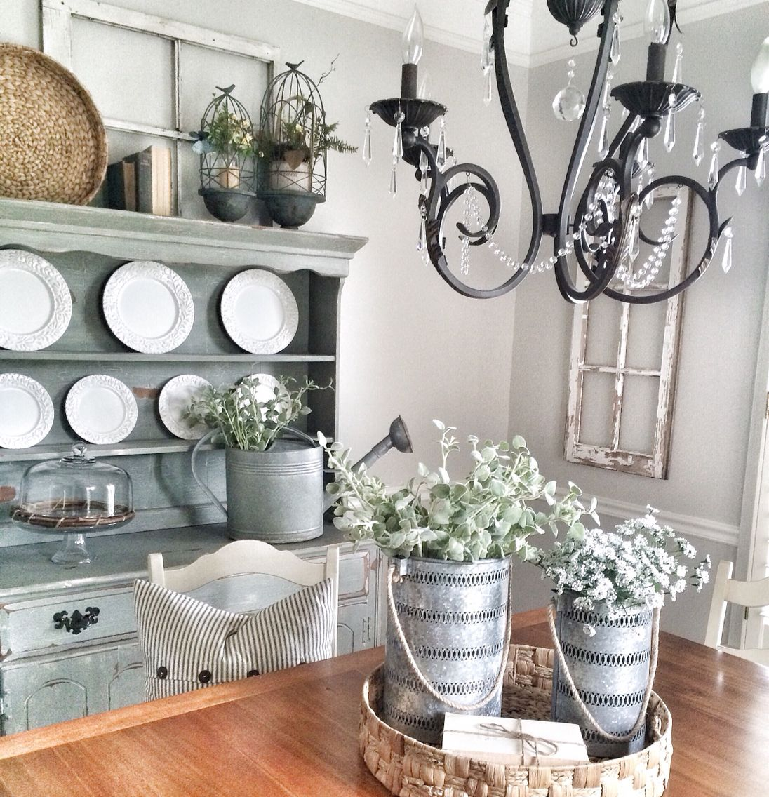 25 Shabby Chic Dining Room Designs Decorating Ideas: Shabby Chic Dining Room Painted In Repose Gray