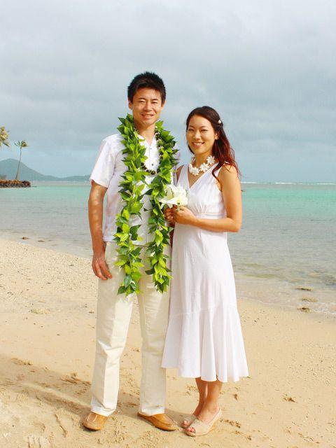 Matching Hawaiian Clothing For Couple Aloha Outlet Hawaiian Outfit Hawaiian Dresses Outfit Hawaiian Wedding Dress