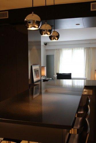 Salle à manger et salon en arrière-plan Appartement, Paris VI