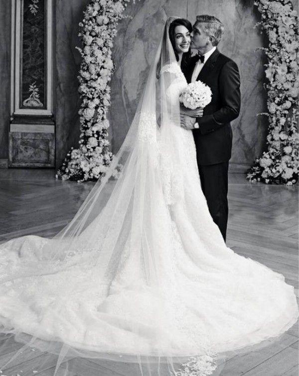 amal alamuddin and george clooney wedding dress photos by. Black Bedroom Furniture Sets. Home Design Ideas