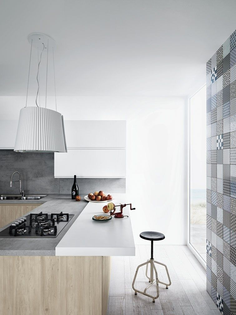 Fitted kitchen with peninsula without handles mila 01 by for Arredamenti loft