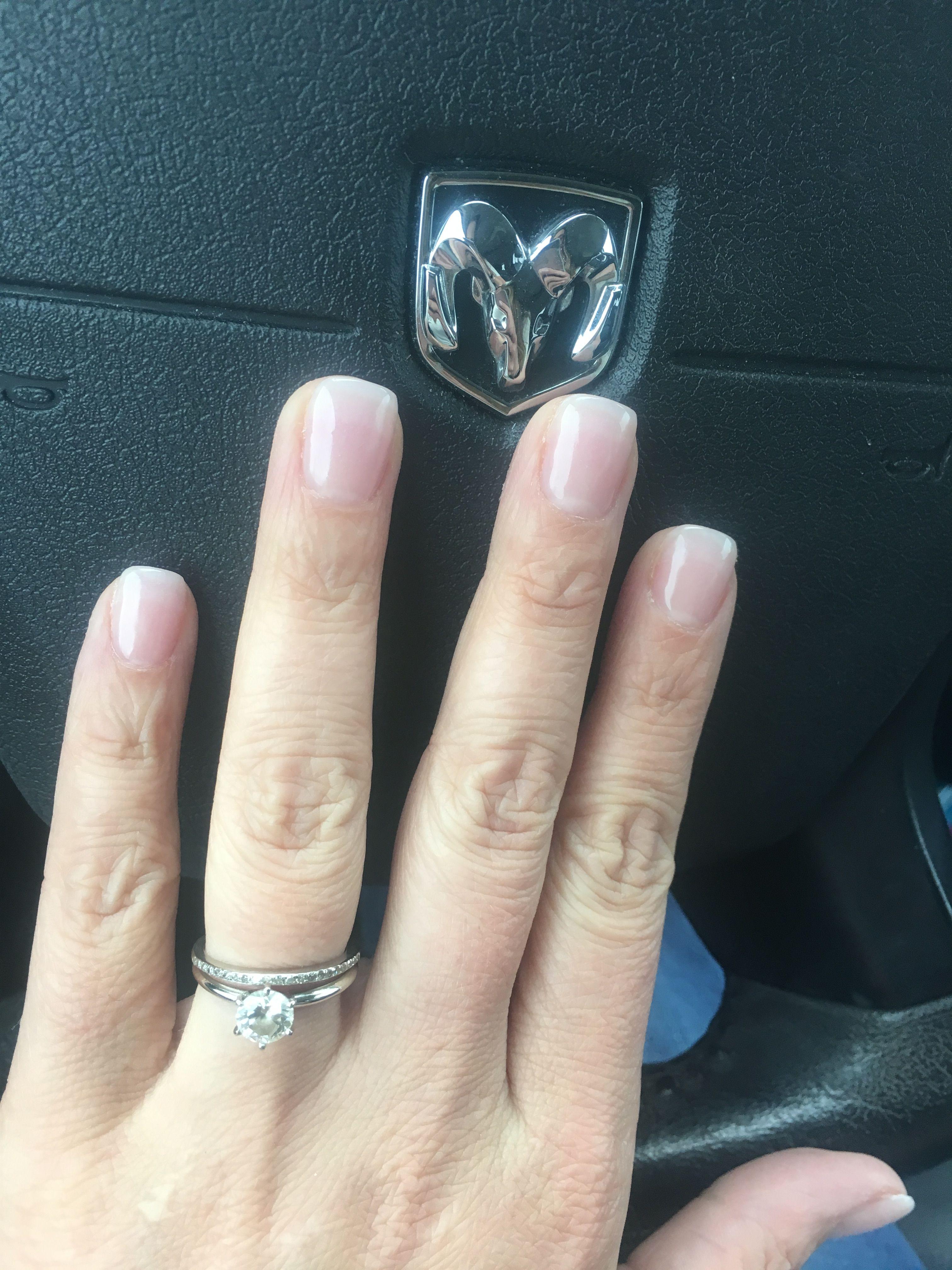 Short and natural, minimal nails | Maquilage | Pinterest | Nail nail ...