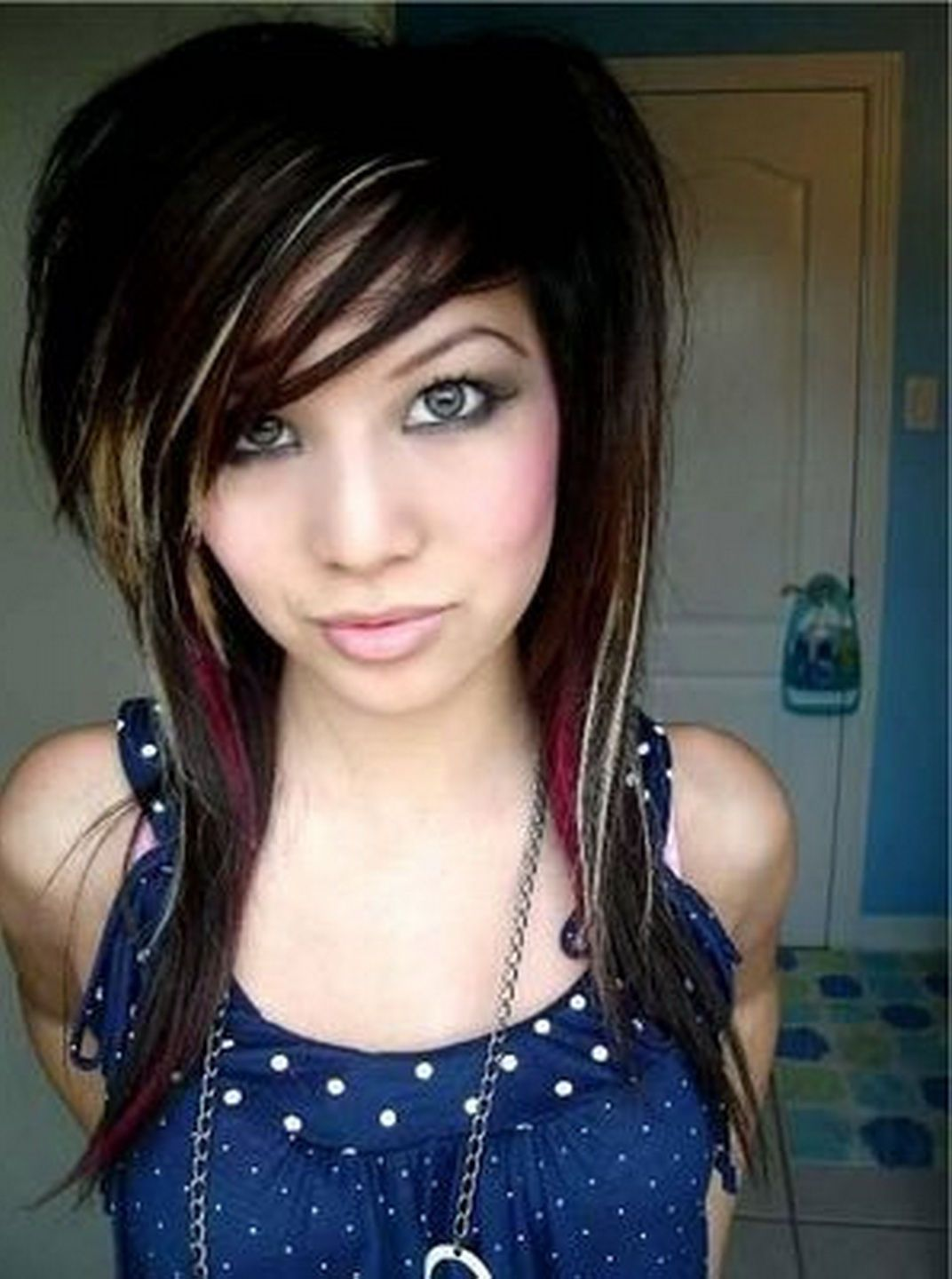 How to get emo hairstyles for girls hair design style u color