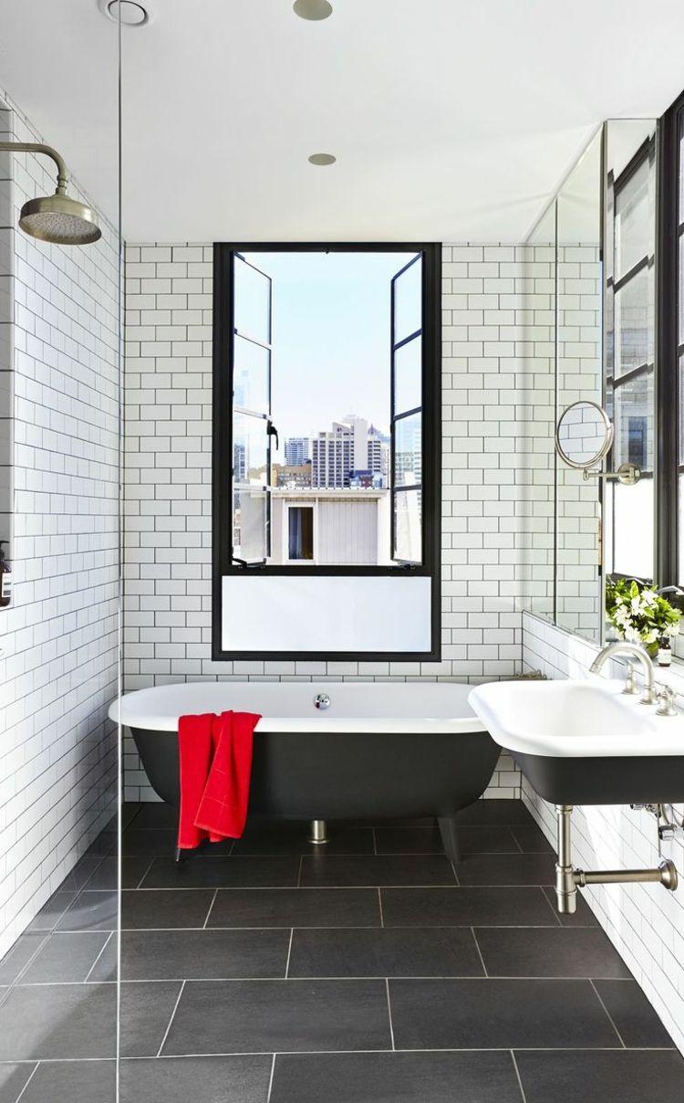 Weisse Metrofliesen Mit Modernen Bodenfliesen Kombinieren Klassisches Badezimmer Badezimmer Renovieren Bodenfliesen Bad