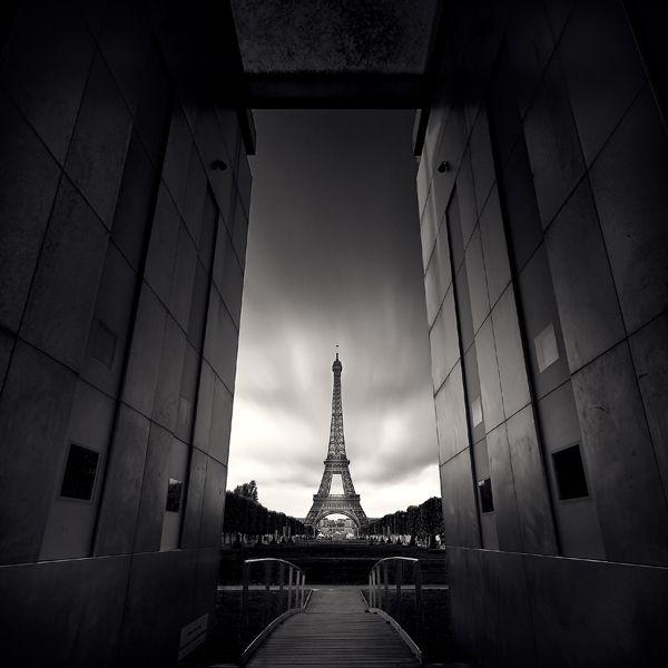 Paris-in-Black-and-White by Damien-Vassart