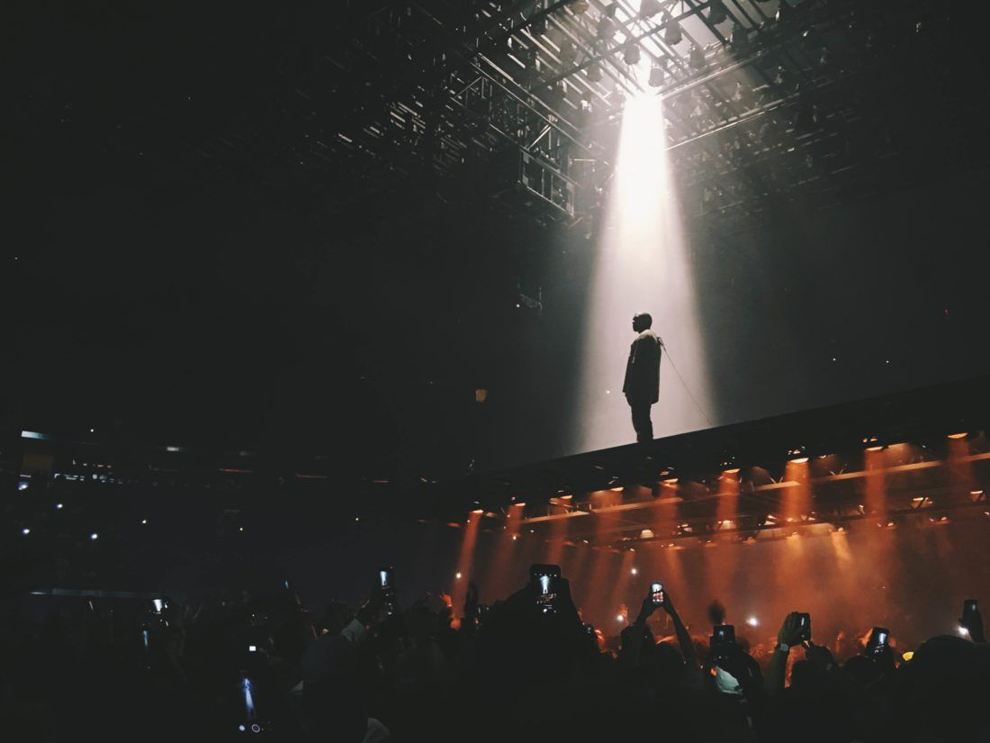 Kanye West Saint Pablo Tour Sahne Tasarimi