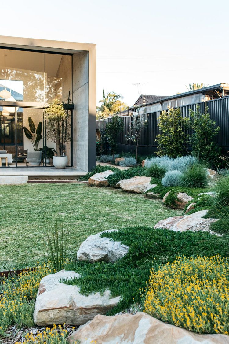 fig landscapes.com rocks and groundcovers small lawn ...